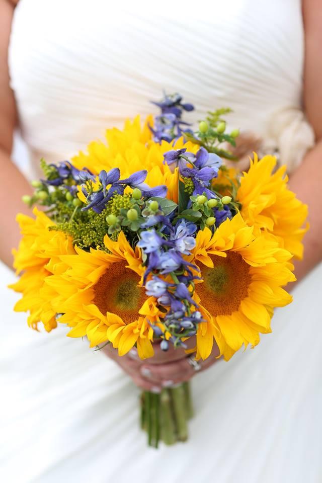 Sunflower filled Montana summer wedding