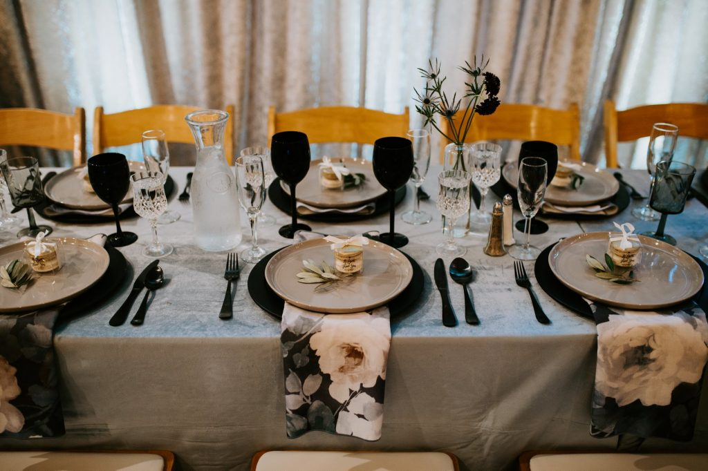 head table decor and place settings