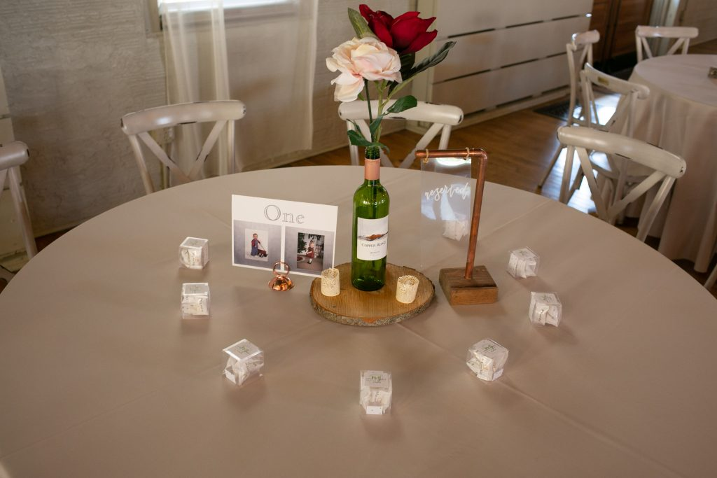 wedding reception table decortion
